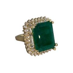 16.13 Ctw Natural Emerald Yellow Gold Diamond Ring