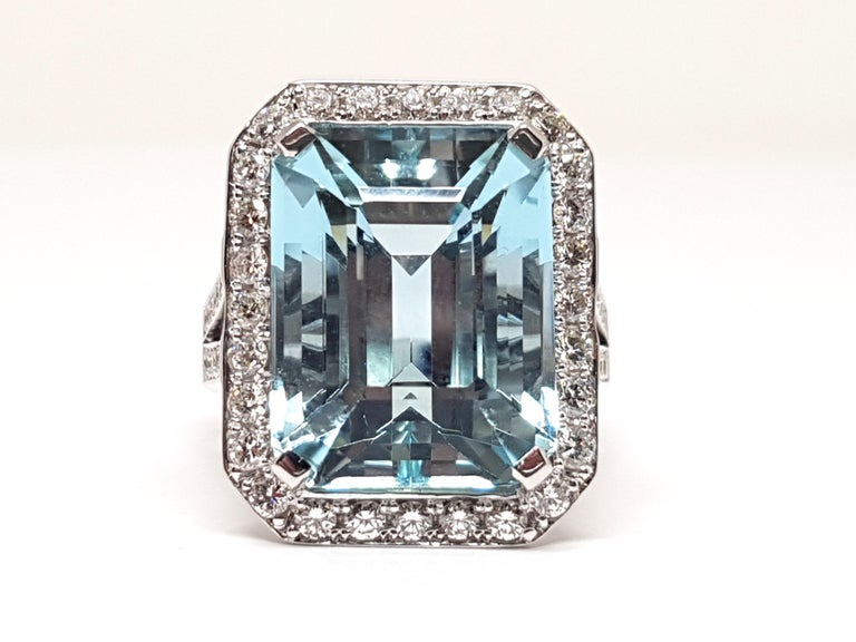 Gold: 18 carat white gold Weight: 14.12gr. Diamonds: 1.99 ct. colour: F clarity: VS1  Aquamarine: 14.19ct. Width: 2.14 cm. Ring size: BE 56 NL 17,75mm Free resizing up to size 70 / 22mm Shipping: free worldwide insured shipping All our jewellery