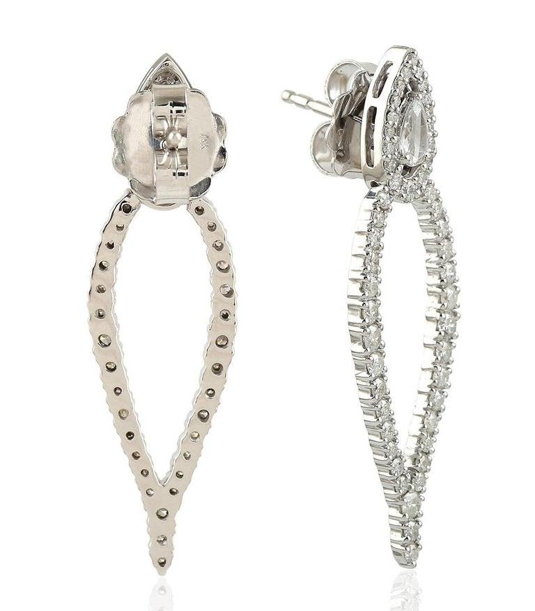 Contemporary 1.62 Carat Diamond 18 Karat Gold Earrings For Sale