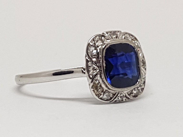 Round Cut 1.62 Carat White Gold Diamond Sapphire Ring For Sale