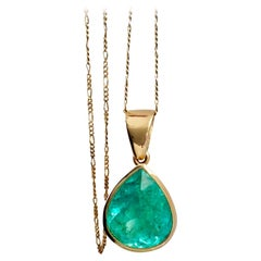 16.5 Carat Certified Natural Colombian Emerald Pear Cut Pendant Necklace