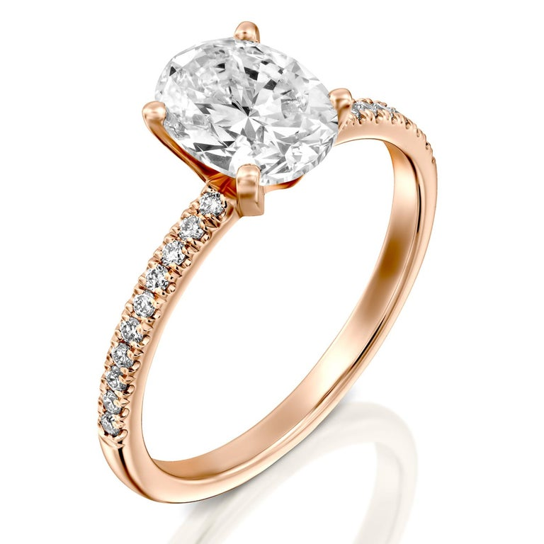 1.65 Carat GIA Oval Cut Diamond Ring, 18 Karat Rose Gold Solitaire Ring In New Condition For Sale In New York, NY