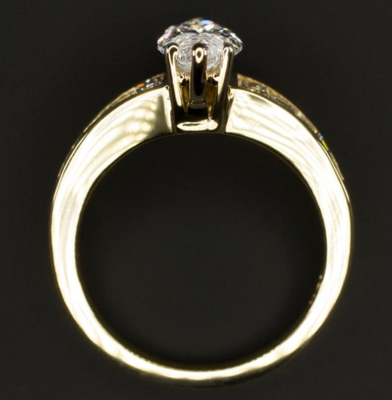 Modern 1.65 Carat Marquise Diamond Engagement Ring For Sale