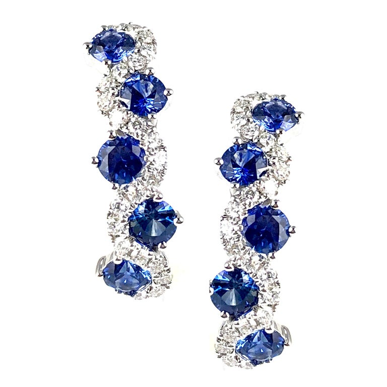 1.65 Carat Vivid Blue Sapphire and Diamond Lever-Back Stud Earrings in 18k Gold For Sale