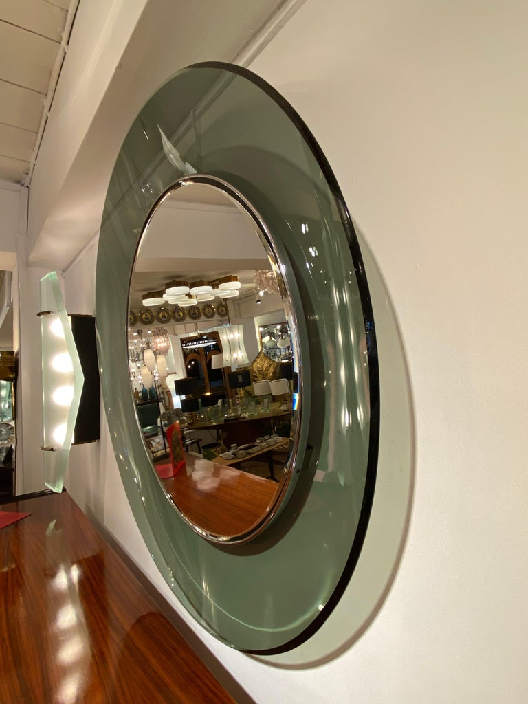 Italian '1669' Model Circular Glass Mirror by Max Ingrand for Fontana Arte, Italy, 1960 For Sale
