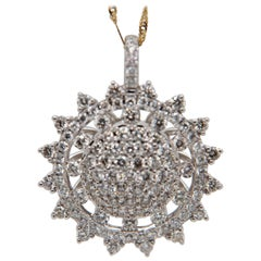 1.67 Carat Diamond Pendant in 18 Karat Gold