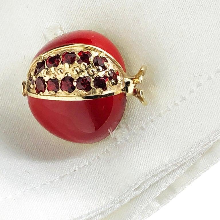 1.67 Carat Ruby Red Enamel Pomegranate Shaped Rock Crystal Back Gold Cufflinks For Sale 5