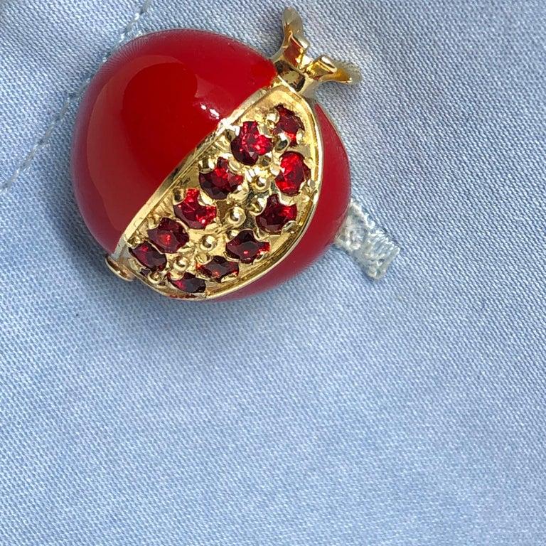1.67 Carat Ruby Red Enamel Pomegranate Shaped Rock Crystal Back Gold Cufflinks For Sale 11