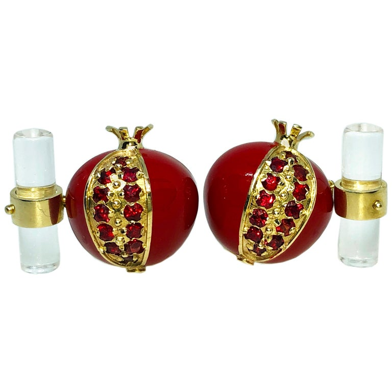 1.67 Carat Ruby Red Enamel Pomegranate Shaped Rock Crystal Back Gold Cufflinks For Sale