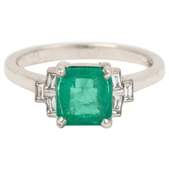 1.67 Carats Colombian Emerald Diamonds 18 Carats White Gold Ring 'Certified'