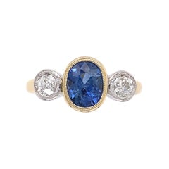 1.68 Carat Blue Sapphire and Diamond Gold Ring Estate Fine Jewelry