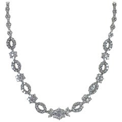 16.88 Carat Total Weight Diamond Platinum Floral Station Estate Necklace