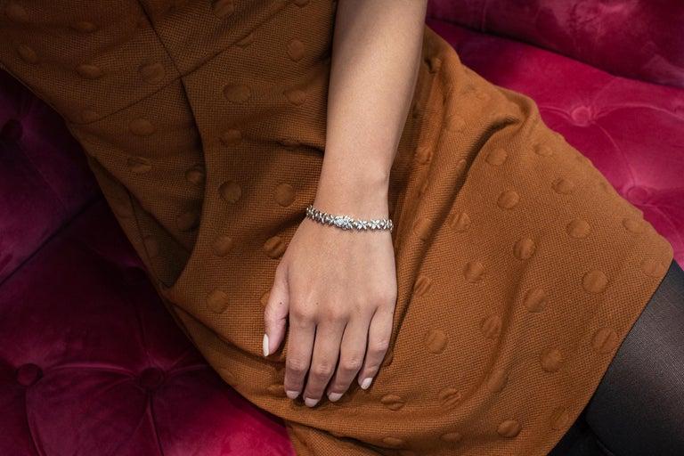 16.92 Carat Diamond Floral Motif Bracelet Necklace For Sale 4