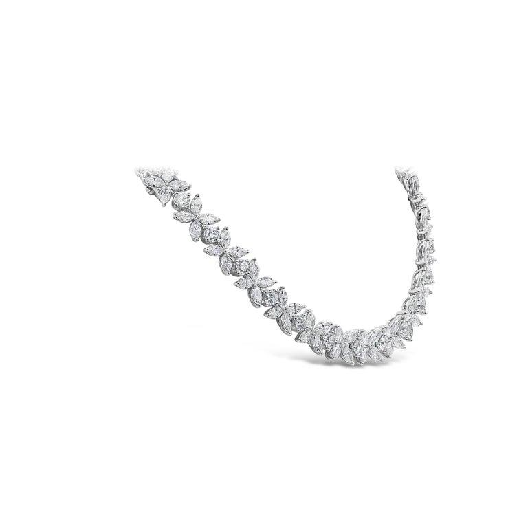 Contemporary 16.92 Carat Diamond Floral Motif Bracelet Necklace For Sale