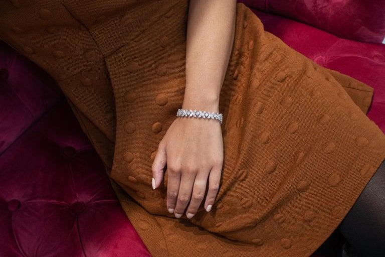 16.92 Carat Diamond Floral Motif Bracelet Necklace For Sale 1