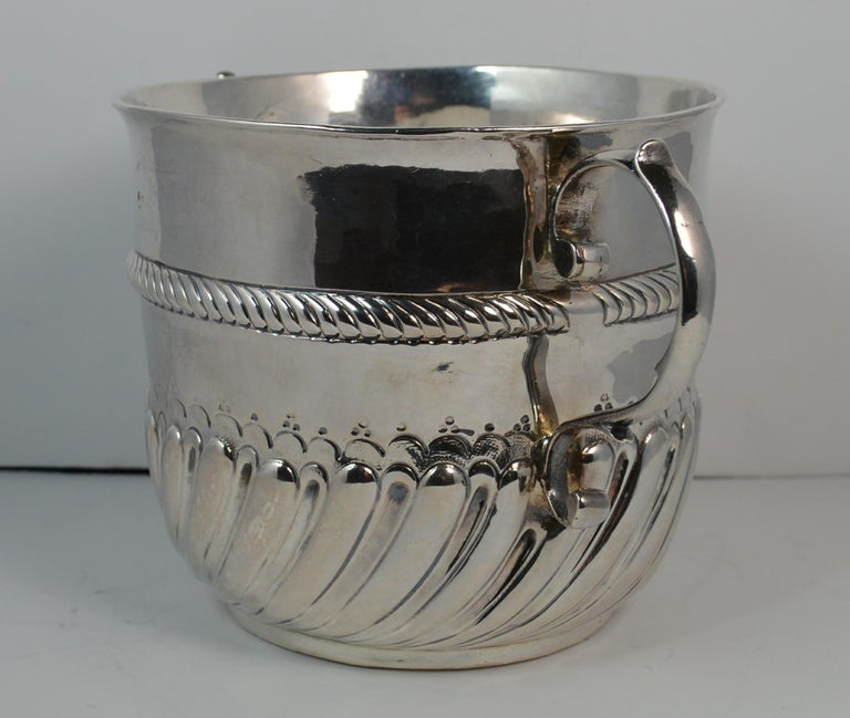 George I 1692 William & Mary Robert Tumbrell Large Solid Silver Porringer Bowl For Sale