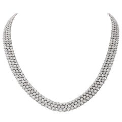 16.93 Carat White GVS Diamonds 18 Karat White Gold 3 Rows Tennis Necklace