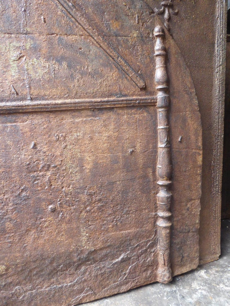 Early 17th Century 16th-17th Century French Gothic 'Pillars of Hercules' Fireback For Sale