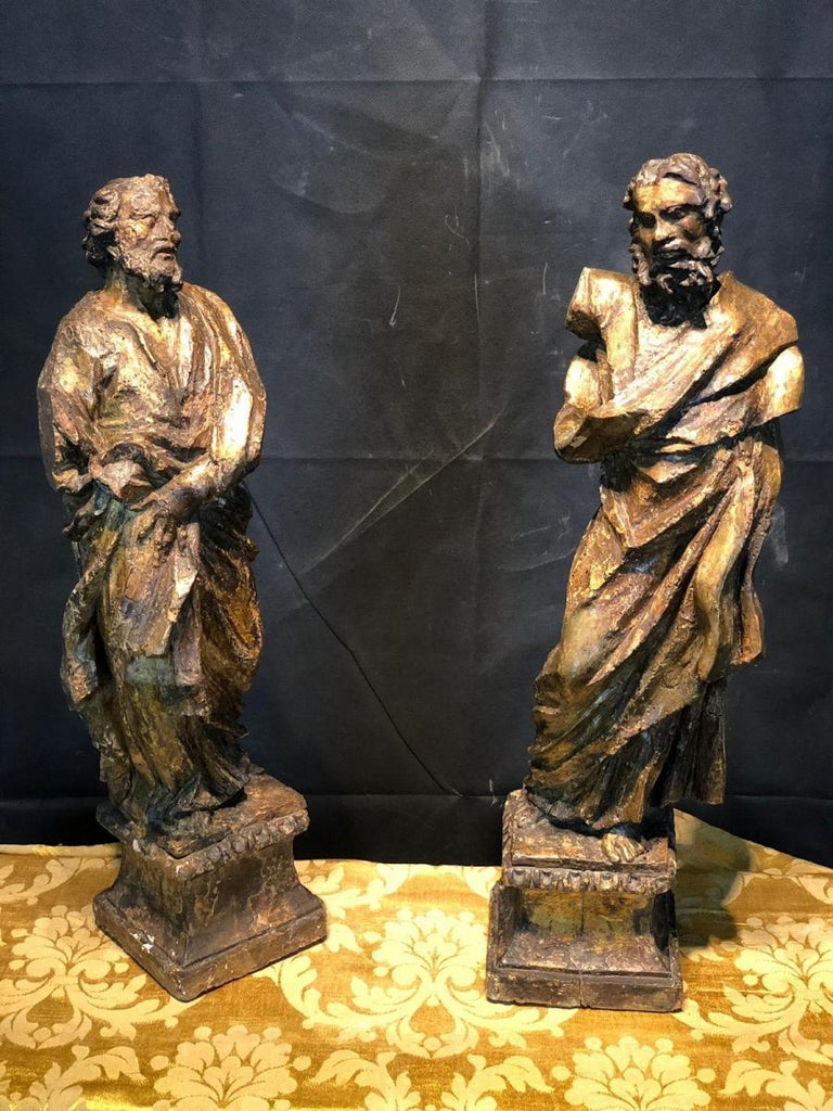 16th Century a Large Scultpure Representing Two Apostles For Sale 2