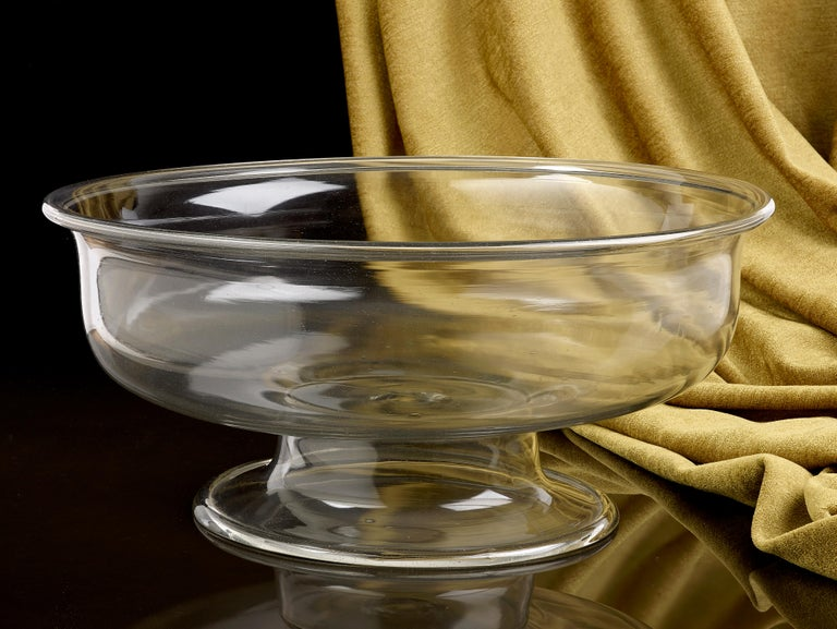 Italian 16th Century Clear Glass Venetian Bowl For Sale