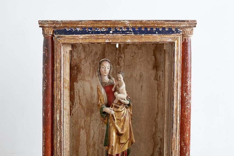 16th Century French Polychrome Madonna and Child  In Good Condition For Sale In Rio Vista, CA