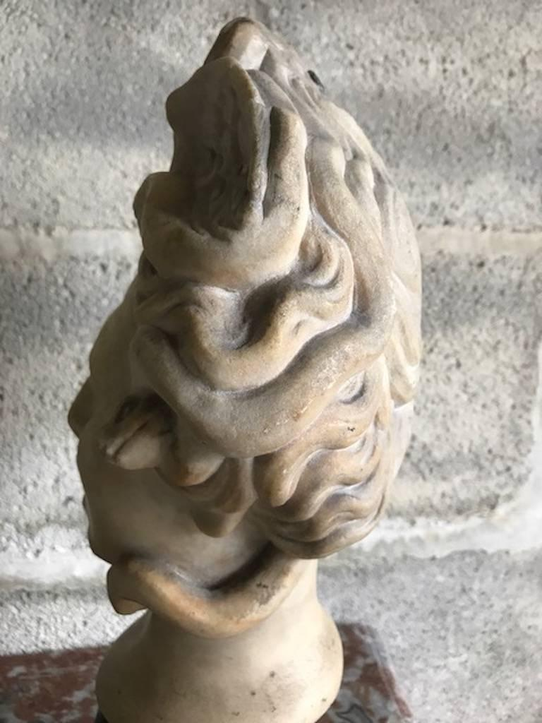Italian 16th Century Medusa Marble Bust For Sale