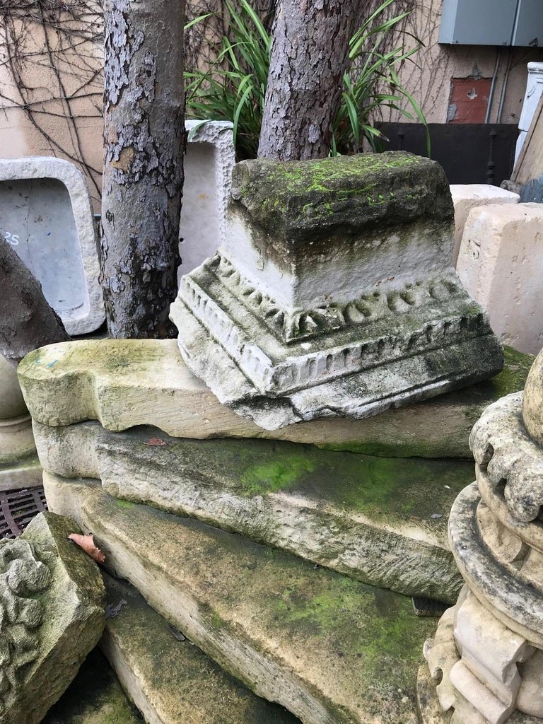 16th Century Renaissance Carved Capital Stone Base Architectural Element, France In Good Condition For Sale In West Hollywood, CA