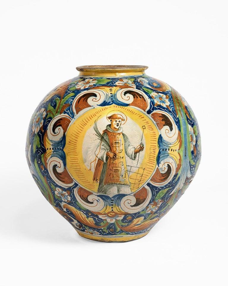 16th Century Renaissance Italian Maiolica Vase Venice, circa 1570  For Sale 9