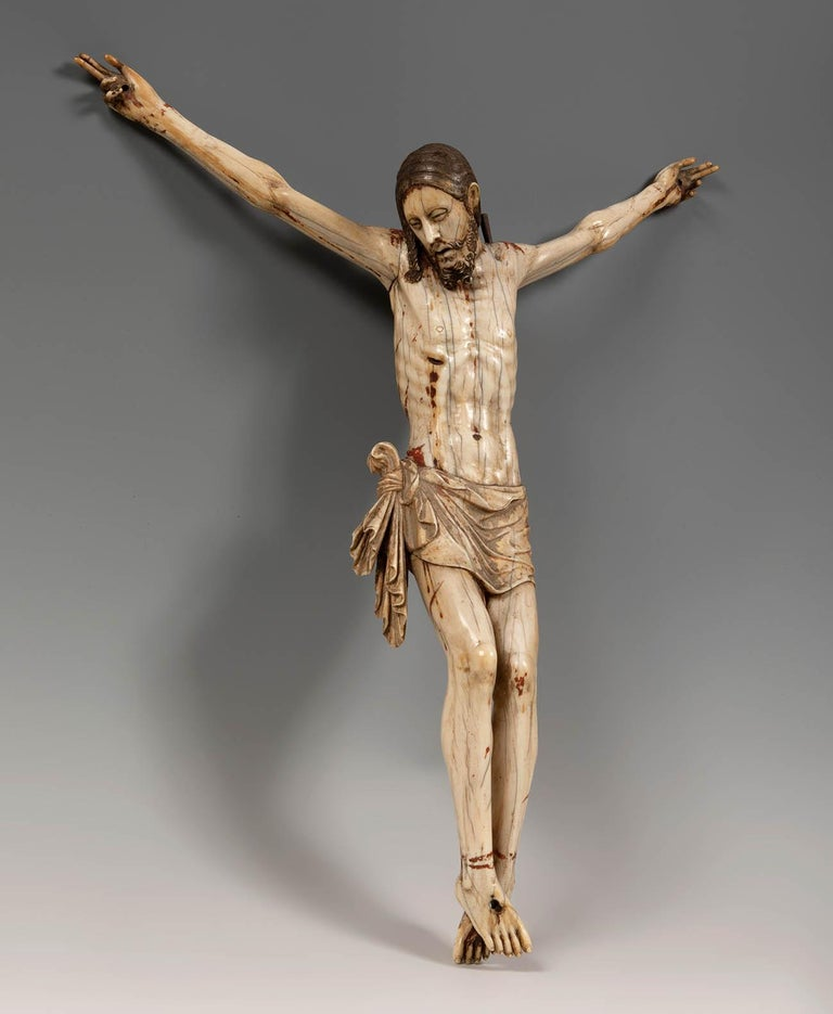 18th century Sinhalese-Portuguese ivory crucifix, an rare example of colonial art from Sri Lanka. 