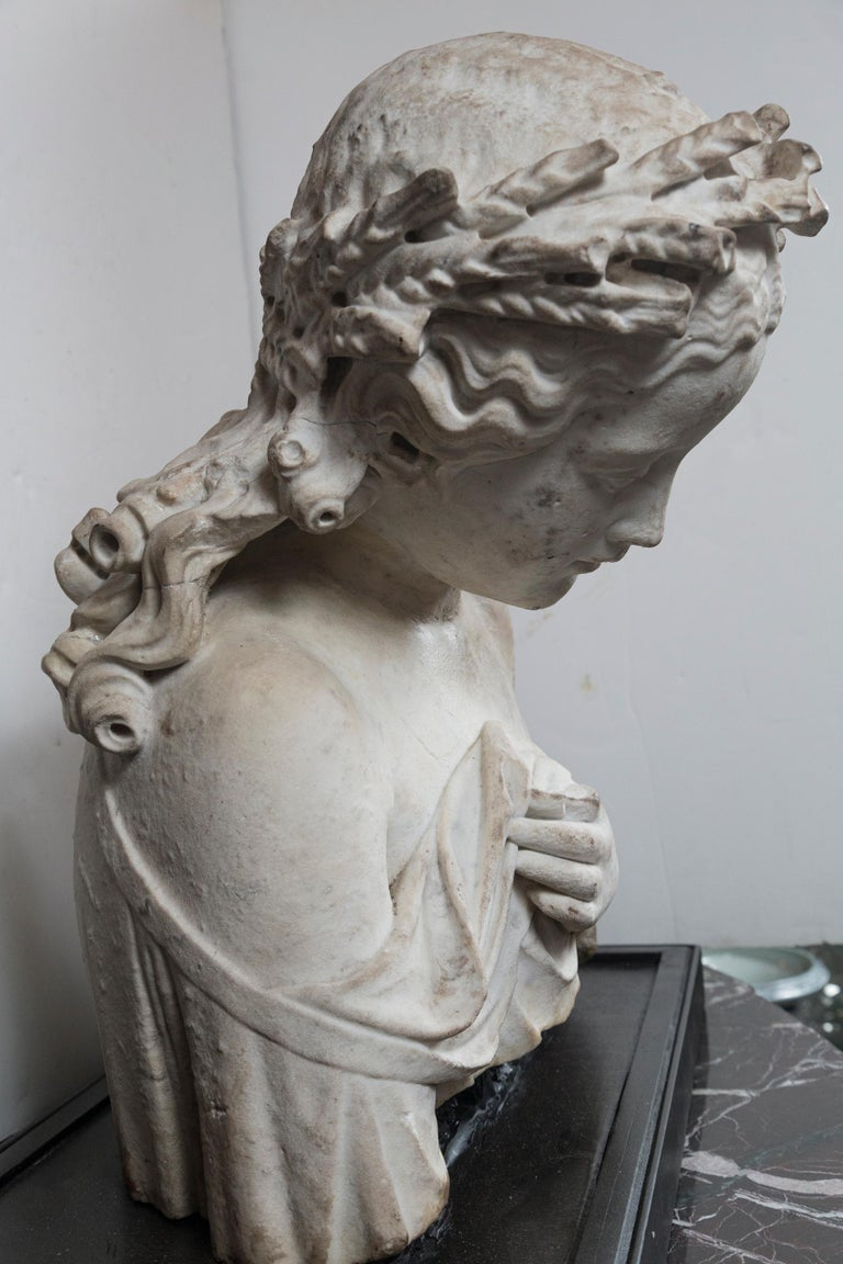 18th Century and Earlier 17/18th Century Marble Bust of Young Woman For Sale
