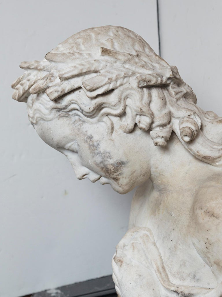 17/18th Century Marble Bust of Young Woman For Sale 2