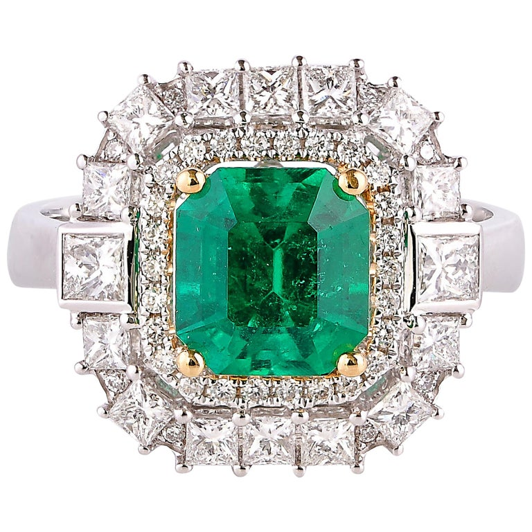 1.7 Carat Colombian Emerald and White Diamond Ring in 18 Karat White Gold For Sale