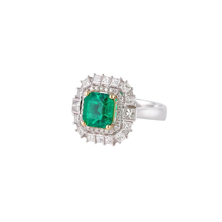 Octagon Cut 1.7 Carat Colombian Emerald and White Diamond Ring in 18 Karat White Gold For Sale