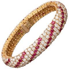 17 Carat Diamonds and 7.70 Carat Rubies Boucheron Paris Bracelet