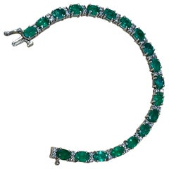 17 Carat Natural Zambian Emerald and Diamond Tennis Bracelet 14 Karat White Gold