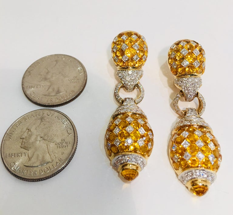 Round Cut 17 Carat Yellow Sapphire and Diamond Harlequin Yellow Gold Door Knocker Earrings For Sale