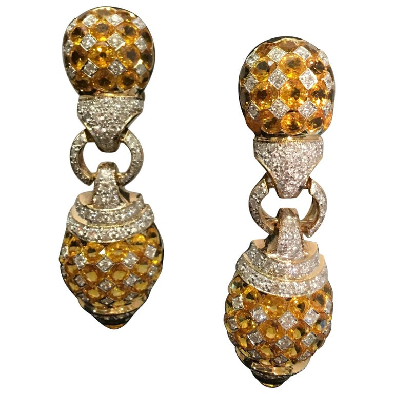 17 Carat Yellow Sapphire and Diamond Harlequin Yellow Gold Door Knocker Earrings For Sale