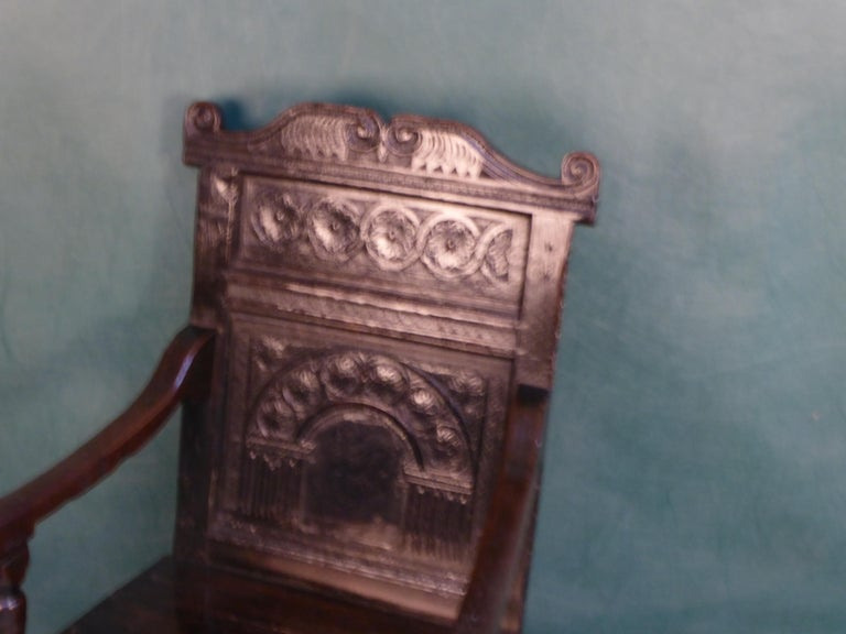 17 Century Joined Oak Armchair circa 1630 In Good Condition For Sale In Glencarse, Perthshire