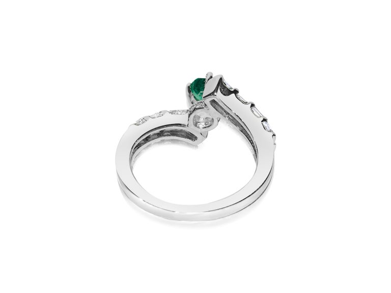 Emerald Cut 1.70 Carat Colombian Emerald Diamond Cocktail Engagement Ring For Sale
