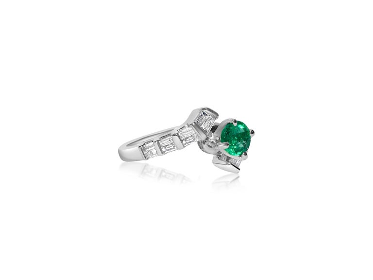 1.70 Carat Colombian Emerald Diamond Cocktail Engagement Ring In Excellent Condition For Sale In Miami, FL