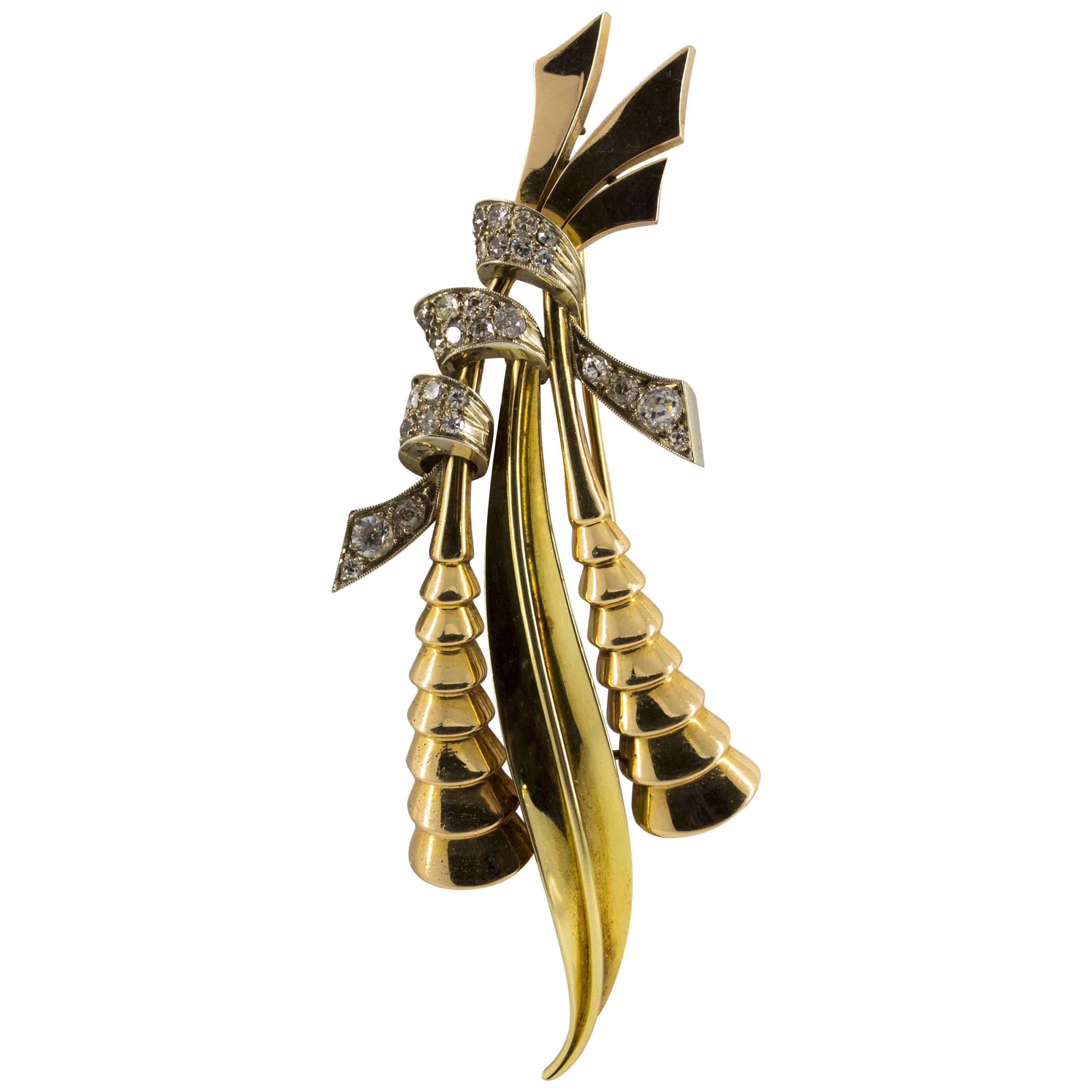 1.70 Carat Diamond Yellow and Rose Gold Brooch