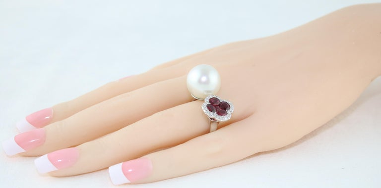 Women's 1.70 Carat Ruby and South Sea Pearl Between The Finger Diamond Gold Ring For Sale