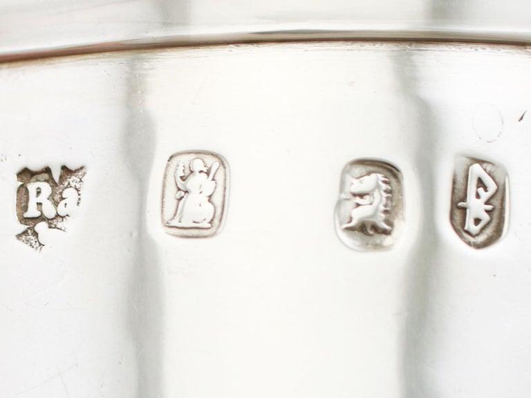 1705 Antique Britannia Standard Silver Chocolate Pot For Sale 5