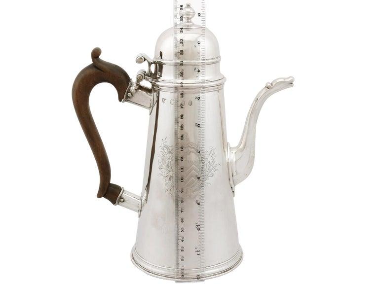 1705 Antique Britannia Standard Silver Chocolate Pot For Sale 8