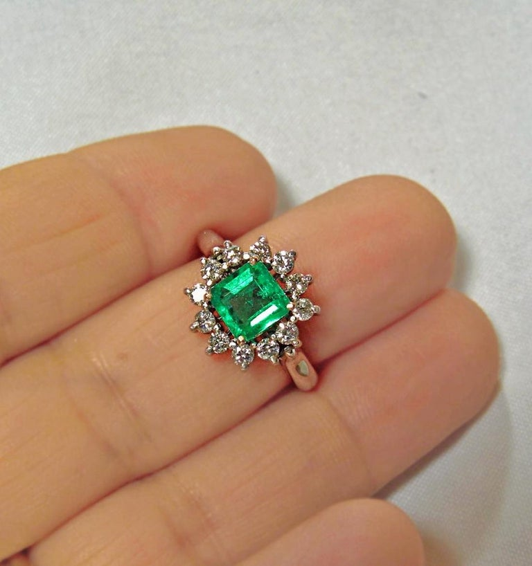 Stunning Engagement Wedding Ring Set wit a natural Colombian emerald, square cut, medium fine AAA++ green color, VS in clarity. Total emerald weight :1.09 carats. Accented with natural white diamonds G/VS, 0.63 carats Emerald measurements: 6.70 x
