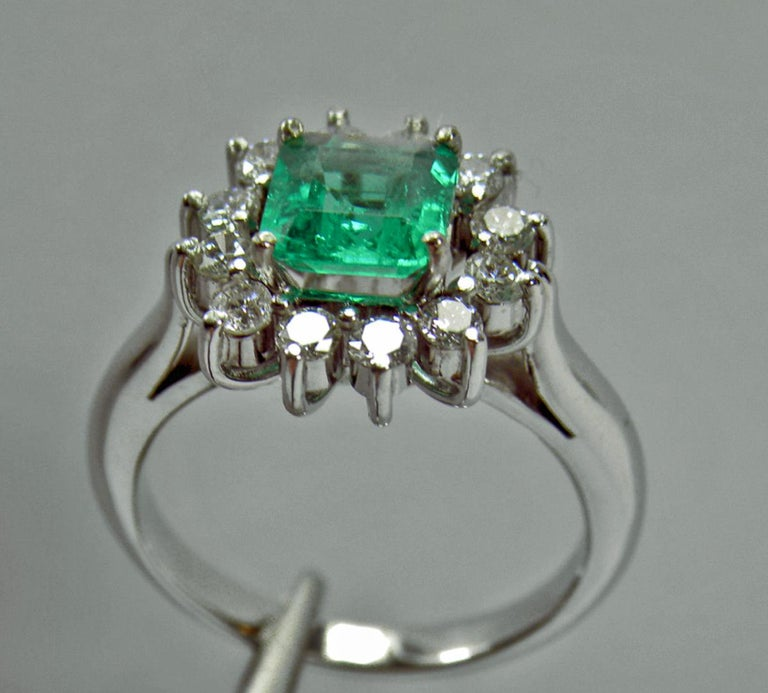 Emerald Cut 1.72 Carat Natural Fine Colombian Emerald Diamond Engagement Ring 18 Karat For Sale