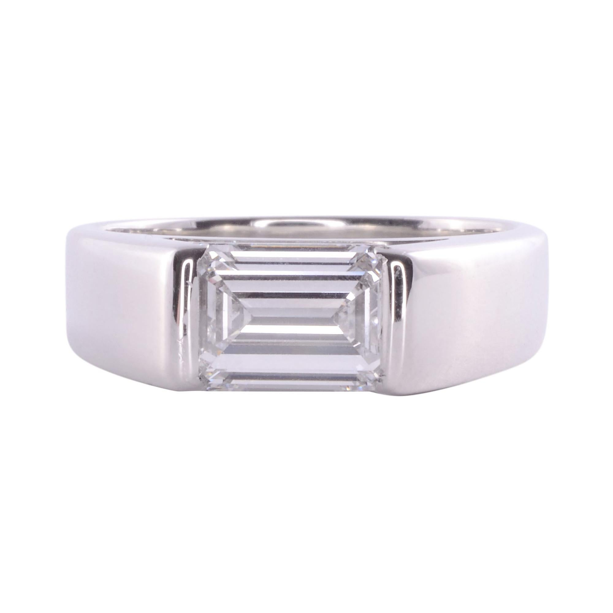 1.73 Carat VVS2 Emerald Cut Diamond Platinum Ring