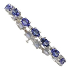 17.59 Carat Natural Tanzanite 18 Karat White Gold Diamond Bracelet