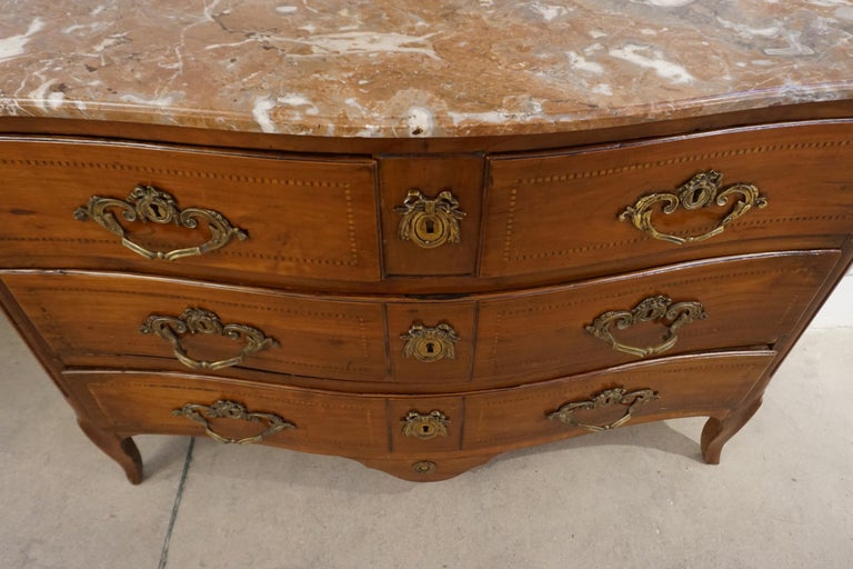 1770s Bow Front French Provincial Marquetry Commode in Solid Walnut & Marble Top For Sale 5