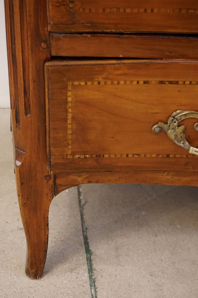 1770s Bow Front French Provincial Marquetry Commode in Solid Walnut & Marble Top For Sale 1
